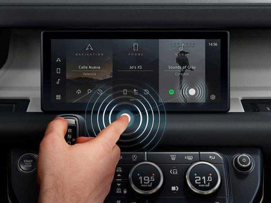 В автомобилях довольно скоро могут появиться сенсорные экраны, читающие мысли водителя
